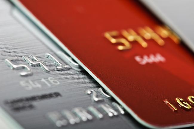 過払い金返還請求をするとクレジットカードの利用に影響する?