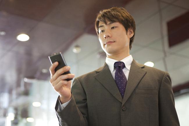 債務整理をしてもスマートフォンや携帯電話を持つことはできる?スマホ所持が認められるケースは?