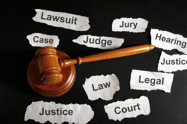 弁護士と司法書士|任意整理をするならどちらを選ぶべき?