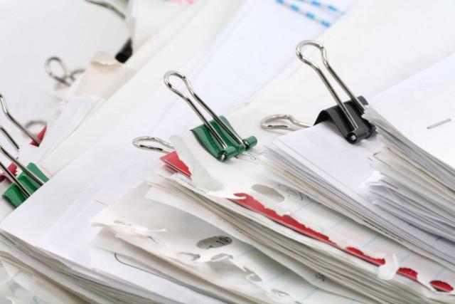 相続税申告書提出方法を解説|申告書の記入方法と必要な書類とは?