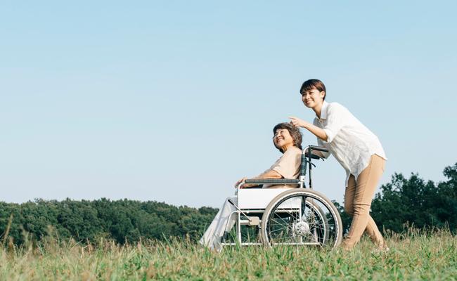 親の老後の面倒を見た子が財産を多く相続できる方法とは?